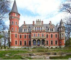 Pałac Karola Scheiblera w Kwietnie.  Powstał w XIX wieku. Do końca II wojny światowej pozostawał w rękach rodziny Scheiberów, po wojnie został upaństwowiony i przez jakiś czas była w nim szkoła podstawowa. Obecnie jest w rękach prywatnych i przechodzi długo oczekiwany remont.