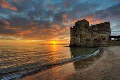 Torre mozza Piombino ( Li ) golfo di Follonica