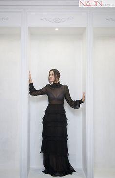 10-bluzon-rochie-neagra-fusta-din-piele-nikita-rinadi