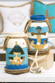 DIY Distressed Nautical Mason Jar Makeovers !