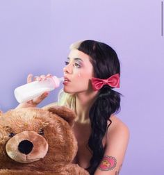 Find images and videos about melanie martinez and cry baby on We Heart It - the app to get lost in what you love. Melanie Martinez Music, Crybaby Melanie Martinez, Atlantic Records, Paramore, Crazy People, Cry Baby, Singer, Mealine Martinez, Heart