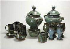 Vare: 1498702Richard Duborgh, Turin (2), suppeskål, kopper (4), lysestaker (2), vase, beger (5)