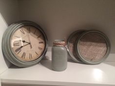 'Antiqued' Farmhouse Country-inspired  CLOCK, 2 PICTURE FRAMES & MASON JAR   All Hand painted in a vintage colour (Dune Grass) and finished with an antique and clear wax for that extra distressed shabby chic look.  These items match the mirror posted below and will give your room that vintage farmhouse look❣  Interested, please message me.