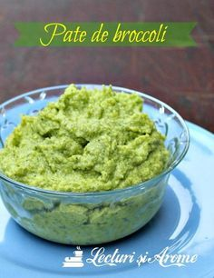 Pate vegan de broccoli Pureed Food Recipes, Raw Vegan Recipes, Veg Recipes, Vegan Foods, Baby Food Recipes, Cooking Recipes, Parmesan Zucchini Chips, Baby Dishes, Romanian Food