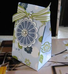 Petal Pizazz boxes
