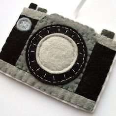 Camera, felt ornament, Christmas decoration - SO COOL!