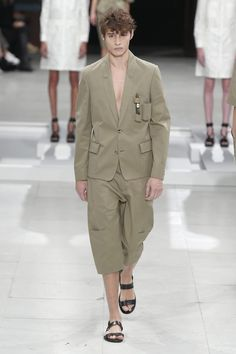 Chalayan Spring/Summer 2016 - Paris Fashion Week - Male Fashion Trends