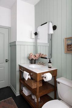Guest Bathroom Reveal: Modern English Cottage Bathroom - The Identité Collective Bathroom Renos, Bathroom Renovations, Bathroom Interior, Home Remodeling, Bathroom Ideas, Master Bathroom, Small Bathroom, Interior Livingroom, Open Bathroom Vanity