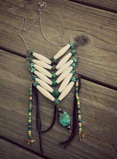 a wonderful Native American inspired Bone Necklace. Please visit the link for details on how to make your own Native necklace too. Native American Crafts, Native American Beadwork, Native American Jewelry, American Indians, Bone Jewelry, Leather Jewelry, Beaded Jewelry, Silver Jewellery, Jewlery