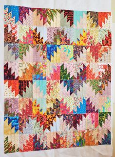Quilternity's Place: My weekend...Majestic Mountains pattern with scraps--love it!!