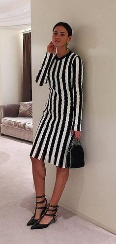 A Statement Knee-Length Dress and Designer Heels
