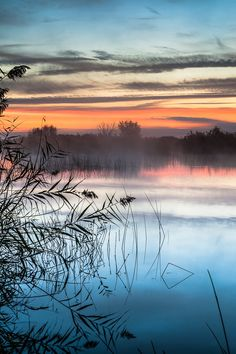 Tranquil sunrise - Castellón, Spain  (by Luis Antonio Gil Pellin on 500px)