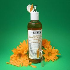 Kiehl's Calendula Herbal Extract Alcohol-Free Toner: This effective toner is formulated with select herbal extracts to gently cleanse and soothe normal to oily skin types without the use of alcohol or harsh synthetic drying agents. Photography Branding, Product Photography, Kiehl's Products, Alcohol Free Toner, Herbal Extracts, Kiehls, Calendula, Oily Skin, Starbucks