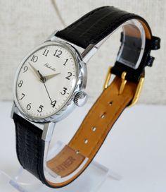 Men's Vintage Watch 1970s Collectibles USSR RAKETA #men'swatch #watch #gifthim #forhim #RAKETA #Gold #Casual #Hipster