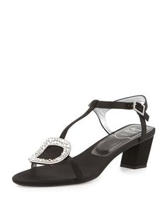 ROGER VIVIER CHIPS STRASS-BUCKLE T-STRAP SANDAL, NERO. #rogervivier #shoes #sandals