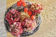 Herbstimpression Floral Wreath, Wreaths, Garden, Home Decor, Still Life, Flower Crowns, Garten, Door Wreaths, Lawn And Garden