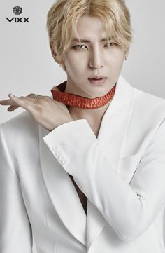 VIXX releases individual teaser images for 'Chained Up' - Leo