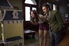 Booth Jonathan (gespielt von Jorma Taccone) ein erfolgreicher aber einsamer Künstler in der Serie GIRLS