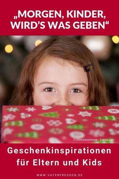"""""""Morgen, Kinder, wird's was geben"""" – Geschenkinspirationen für Eltern und Kids  Gar nicht so einfach, das richtige Geschenk für deine Lieben zu finden - ob Kinder, Partner oder Verwandte. Hier geben wir ein paar Anregungen, wie Sie das passende Geschenk finden.  #kinder #kleinkind #baby #eltern #lebenmitkind #erziehung #kindererziehung #tipps #tricks #vater #mutter #mama #papa #vaterfreuden #partnerschaft #erziehungstipp #vatersein #elternsein #weihnachten #weihnachtenmitkindern Tricks, Inspiration, Learning, Winter, Christmas, Building Self Confidence, Mom And Dad, Kids Fun, Ideas For Christmas"""