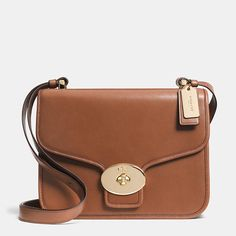 Coach  PAGE SHOULDER BAG IN LEATHER