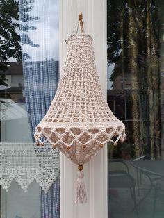 Crochet Lampshade, Lampshade Designs, Crochet Table Runner, Crochet Home Decor, Yarn Bombing, Crochet Accessories, Crochet Yarn, Mobiles, Crochet Projects