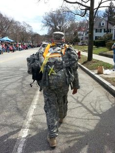 These Soldiers Did the Boston Marathon Wearing 40-Pound Packs. Then They Helped Save Lives. | Mother Jones