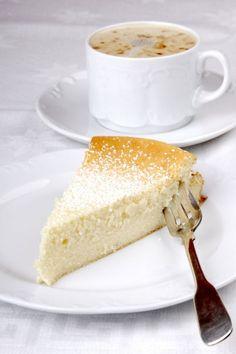 Rýchly tvarohový koláč - Recept pre každého kuchára, množstvo receptov pre pečenie a varenie. Recepty pre chutný život. Slovenské jedlá a medzinárodná kuchyňa Vanilla Cake, Cheesecake, Desserts, Food, Tailgate Desserts, Deserts, Cheesecakes, Essen, Postres