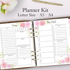 2018 Printable Planner: Goal Sheet, Daily Planner, Weekly Planner, Instant Download Prepare your 2018 planner with these printable planner pages! Included in this kit is a 2018 daily planner printable, 2018 weekly planner, and a printable goal sheet. These cute planner pages are perfect