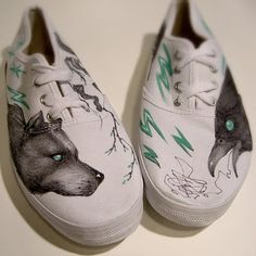 i want to draw on my shoes like this