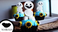 Frozen fever party Snowgies cupcakes