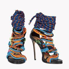Dsquared2 High Heels mit Schnürsenkeln in unterschiedlichen farben
