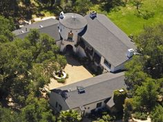 The $6.9 million mansion of Reese Witherspoon has five bedrooms and a four-car garage. It also features a horse paddock and pool.