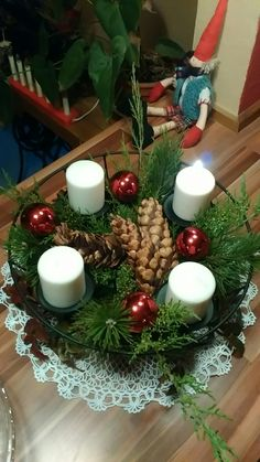 Merry, Table Decorations, Furniture, Home Decor, Decoration Home, Room Decor, Home Furnishings, Home Interior Design, Dinner Table Decorations