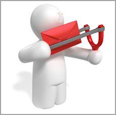 Antes de enviar tu campaña de email marketing a toda tu lista de correos electrónicos, pon a prueba varias líneas de asunto, contenidos diferentes y algunos tipos de gráficos y diseños, con un número reducido de personas.