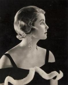 Photo by Madame Yevonde in the 1930's as on the RedLIst.com of Barbara Hutton (???)