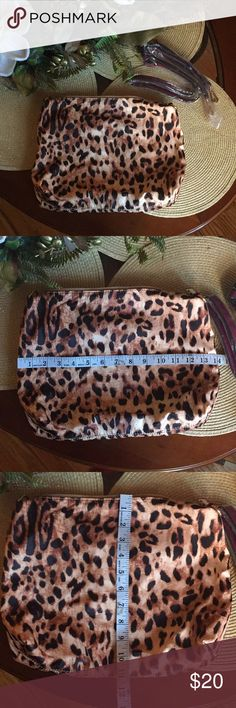 Leopard bag Brand new leopard bag It come with long strap, it can be use as a cross body bag Bags Crossbody Bags
