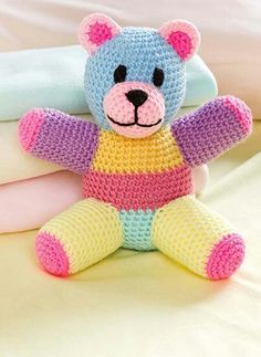 Cute teddy bear. Pattern in Crochet World magazine