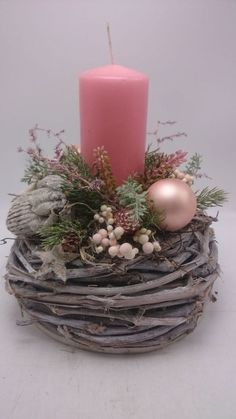 Filling Your Home with Favorite Christmas Scents- Pink Candles - Adventskranz Ideen Christmas Scents, Pink Christmas, Simple Christmas, Christmas Time, Christmas Wreaths, Christmas Ornaments, Christmas Candle Decorations, Christmas Flower Arrangements, Christmas Candles