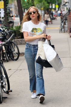 Chloe Sevigny wearing perfect denim and a FIORUCCI shirt!!
