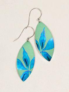 Desert Lily Earrings