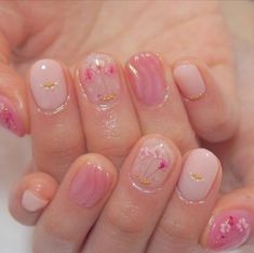 39 Hottest Beautiful Flower Nail Art You Can Copy Now - Beauty Home Pink Nails, My Nails, Hair And Nails, Purple Nail, Gold Nail, Black Nail, Glitter Nails, Trendy Nails, Cute Nails