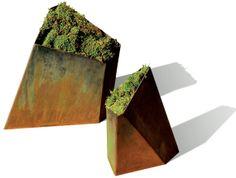Element planters in steel alloy by Planterworx