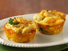 impossibly easy mini chicken'n broccoli pies