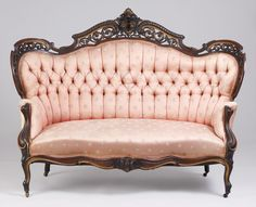 A stunning pink Victorian sofa! One for your board, @Kelly Teske Goldsworthy Rose Catherine B Mahoney ❤