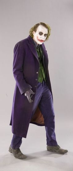 24b726bfd6d56 Astounding collection of lost Dark Knight promo images show every detail of  The Joker