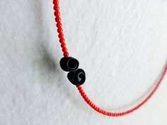 minimal cute polymer clay necklace nO.111 black roses between red corals.