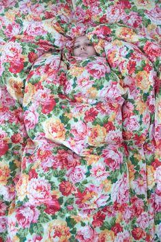 Floral Tops, Photography, Beautiful, Women, Fashion, Moda, Photograph, Women's, La Mode