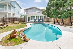 1 Minute Walk To The Beach, Private Heated Pool! - Houses for Rent in Destin, Florida, United States Florida Beach House Rentals, Florida Pool, Destin Florida, Vacation Rentals, Outdoor Swimming Pool, Swimming Pools, Beautiful Beach Houses, Beach Houses For Rent, Hotel Trivago