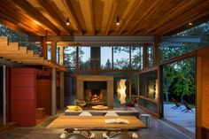 Articles about grid island home seattle music producer. Dwell is a platform for anyone to write about design and architecture. Noguchi Lamp, Isamu Noguchi, Interior Exterior, Interior Design, Indoor Outdoor Living, Modern Architecture, Living Spaces, Tiny Living, Living Room