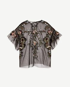 Discover the new ZARA collection online. Casual Outfits, Fashion Outfits, Womens Fashion, Diy Tulle Skirt, Look Zara, Parisienne Chic, Gianni Versace, Zara Tops, Blouses For Women